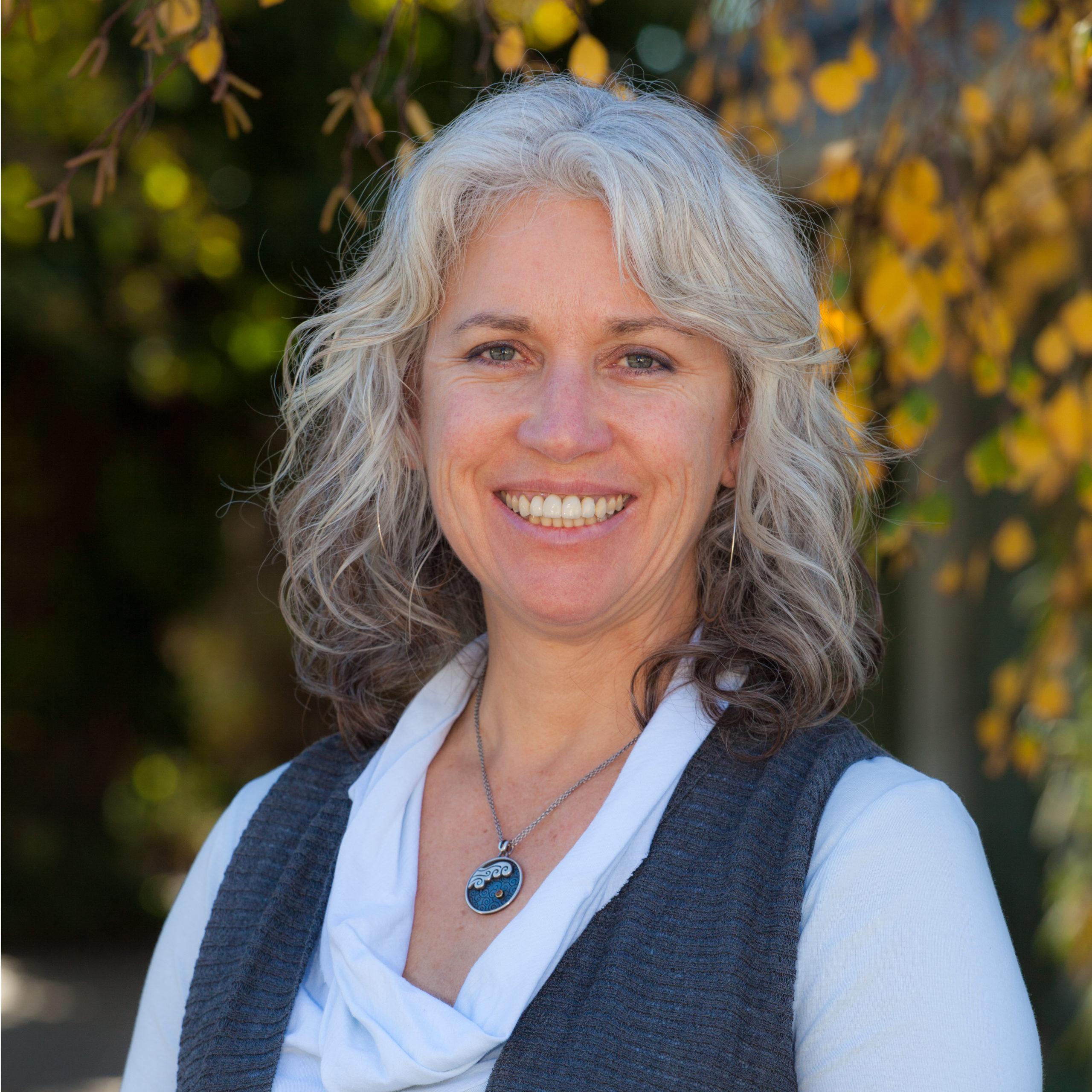 Dr Leslie Peterson Portrait